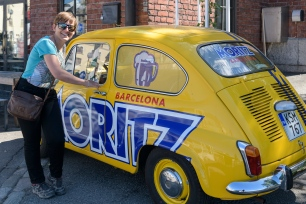 Isabel trying to escape to Barcelona - Moritz Beer