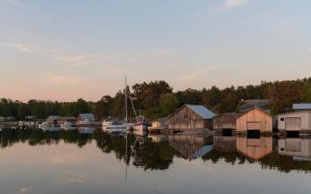 Harbor reflections Karingsund - Aland