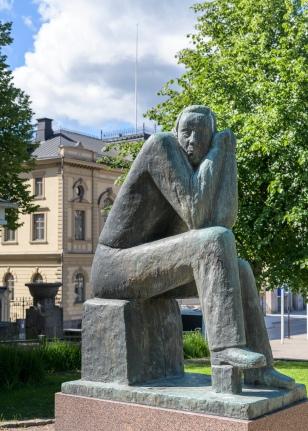 Statue - Hameenlina
