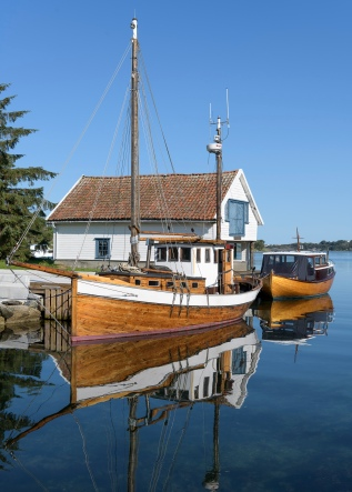 Little harbor at Foloy island