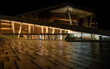 Oslo by night - Oslo Opera