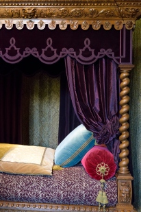 His Majesties bed