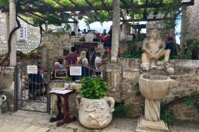 Lady Pi-Pi - Dubrovnik